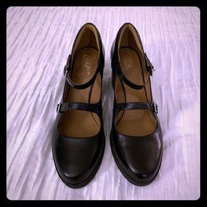 Clarks Mary Janes Black Heels Size 10